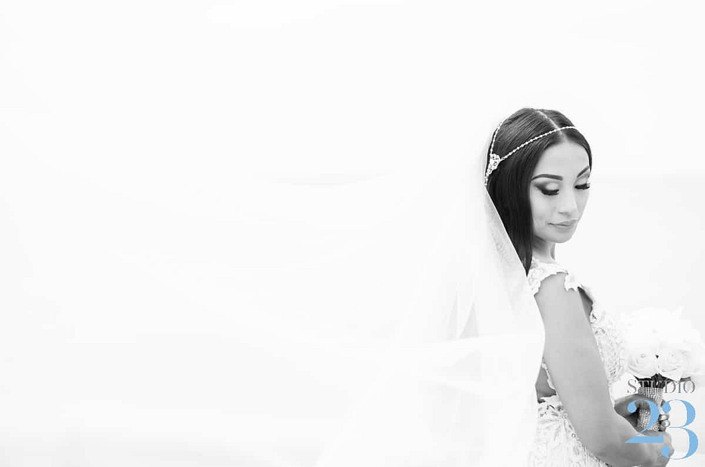 A bridal portrait in black and white